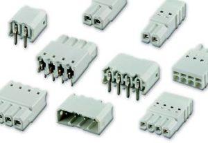 Konektory pro LED s bílým izolátorem pro aplikace v technice THT